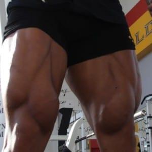 自宅で簡単に出来るトレーニングで脚を鍛えよう【動画解説付】