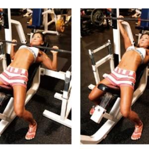 垂れないバストを作る秘訣は大胸筋上部を刺激すること!【BIG3講座:ベンチプレス②】