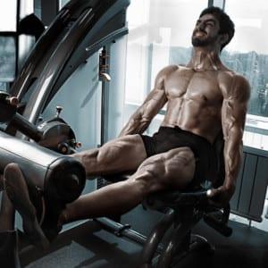 脚のトレーニングには全身の筋発達を促す役割がある