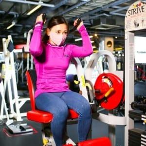 余計な負荷をかけず効率的に鍛える腹筋マシンのポイント