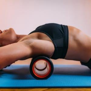 体脂肪を減らす!筋トレ効果をあげる!フォームローリングのやり方