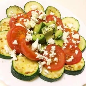 筋トレ飯|ヘビロテ簡単レシピ『ズッキーニとトマトのグリル』