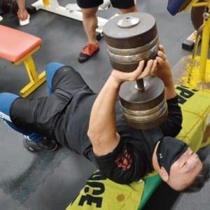 【筋トレマニア向け】高重量プルオーバーで背中を鍛え上げる!