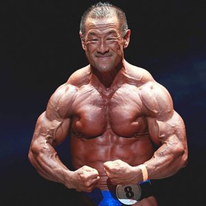 狂気の男「栄養は全てサプリメントから取る」合戸孝二の減量時の栄養摂取