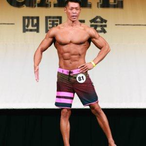 筋肉を鍛えるのは生活の一部!愛媛のメンズフィジーク王