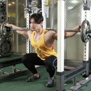 トップボディビルダー・嶋田慶太のカラダのを実感したスクワットとは?筋肉美をつくりあげた秘訣を知る