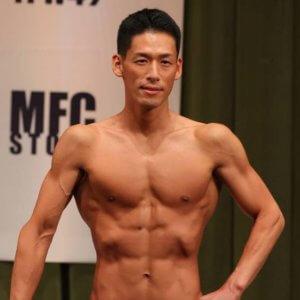 40歳を超えても体力が向上し続ける消防官。筋肉系大会でスタイリッシュな肉体美を披露!