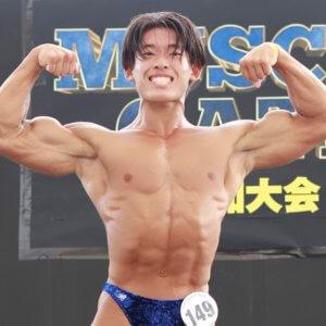 筋肉コンテストで初優勝した日に憧れのなかやまきんに君に勝ってしまった高校生